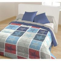 CALINE Couette imprimee Leon - 140 x 200 cm - Bleu marine et rouge + 1 coussin uni assorti 60 x 60 cm